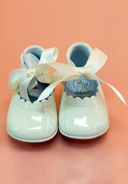 A-24 Zapato Piel Charol con Lazo de Raso