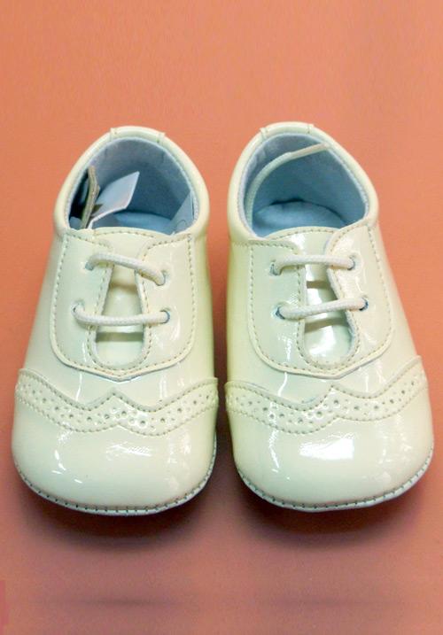 A-26 Zapato Piel de Charol con Cordones